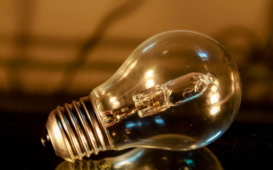 A-Licht lockt Leute Image